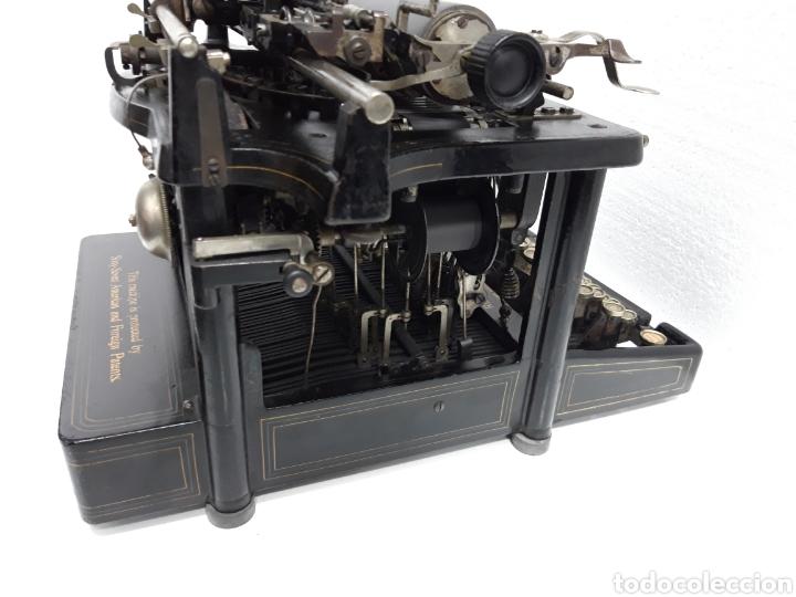 Antigüedades: ANTIGUA MAQUINA DE ESCRIBIR, TYPEWRITER REMINGTON Escritura oculta - Foto 6 - 226804586