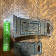 Antiquités: CONJUNTO DOS PESAS HIERRO. Lote 226904755