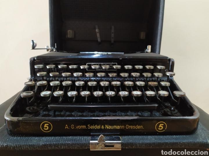 Antigüedades: Maquina escribir ERIKA 5, Seidel & Naumann A. G., Dresden; Alemania. Año 1940. - Foto 7 - 108819423
