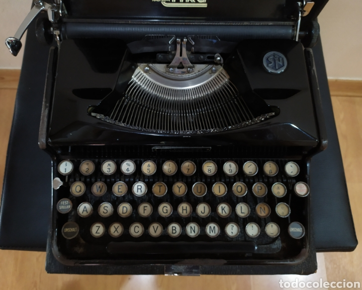 Antigüedades: Maquina escribir ERIKA 5, Seidel & Naumann A. G., Dresden; Alemania. Año 1940. - Foto 17 - 108819423