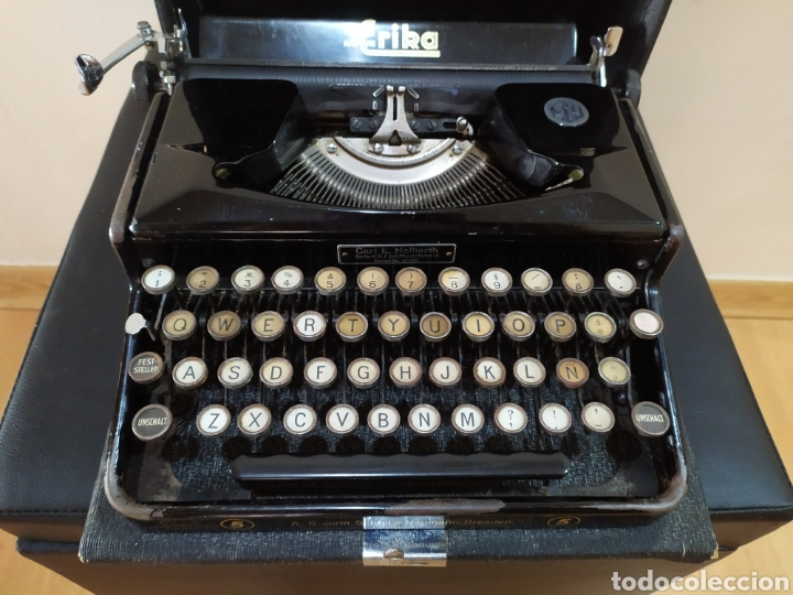 MAQUINA ESCRIBIR ERIKA 5, SEIDEL & NAUMANN A. G., DRESDEN; ALEMANIA. AÑO 1940. (Antigüedades - Técnicas - Máquinas de Escribir Antiguas - Erika)