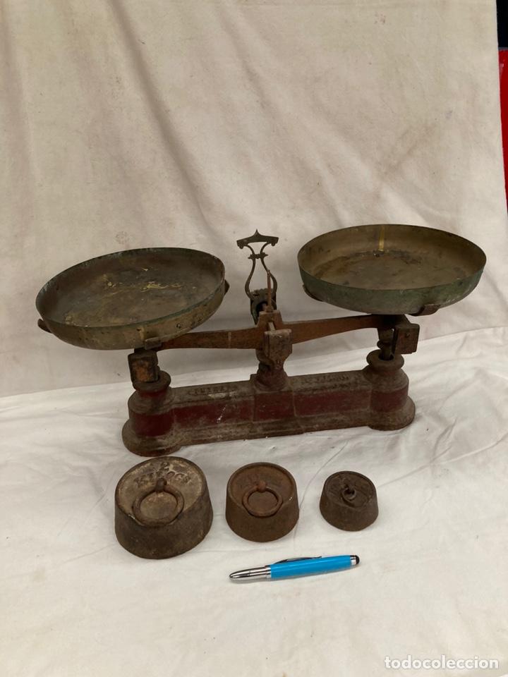 ANTIGUA BASCULA FUERZA DE 5 KG CON PESOS! (Antigüedades - Técnicas - Medidas de Peso - Básculas Antiguas)