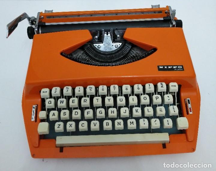 MÁQUINA DE ESCRIBIR ANTIGUA NIPPO P-300 (Antigüedades - Técnicas - Máquinas de Escribir Antiguas - Otras)