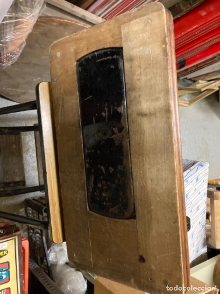 Antigüedades: maquina de coser portatil marca Frister&Rossmann alemana super bien conservada manual - Foto 2 - 27584318