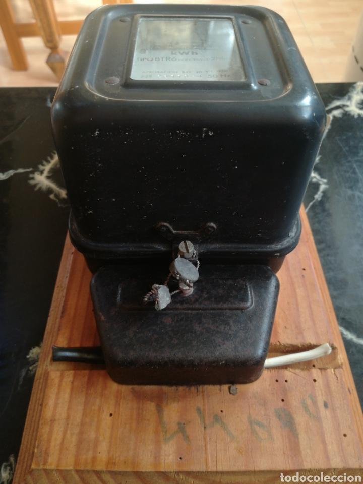 Antigüedades: Contador luz muy antiguo. Monofásico. CDC. Con diferenciales - Foto 2 - 227560772