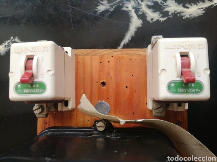 Antigüedades: Contador luz muy antiguo. Monofásico. CDC. Con diferenciales - Foto 3 - 227560772