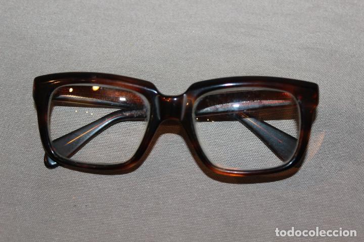 Antigüedades: 4 gafas graduadas 3 de pasta Vintage más 2 fundas-Christian Dior-2 indo-Ver fotos - Foto 18 - 227608415