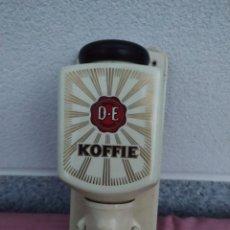 Antigüedades: MOLINILLO DE CAFÉ KOFFIE. Lote 227731105