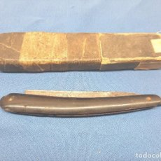 Antigüedades: BARBERO, NAVAJA DE AFEITAR THOMAS TURNER SHEFFIELD INGLATERRA.EN SU CAJA.. Lote 227743580