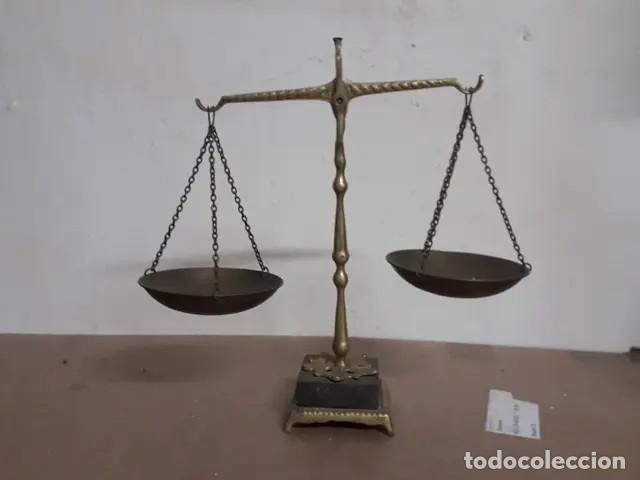 Antigüedades: Antigua balanza de bronce - Foto 5 - 227949745