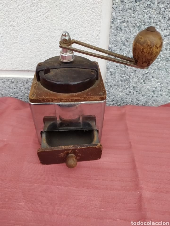 Antigüedades: Molinillo madera y chapa Peugeot freres - Foto 3 - 228068430