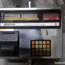 Antigüedades: BALANZA ELECTRÓNICA COLGANTE DE TECHO CON IMPRESORA - MINERVA 15 KG. - CHARCUTERIA, CARNICERIA. Lote 228077510