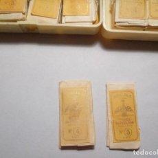 Antiquités: DOS CARPETITAS AGUJAS MARCA IMPERATOR. Lote 228081085