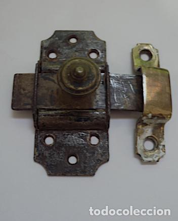 ANTIGUO CERROJITO (Antigüedades - Técnicas - Cerrajería y Forja - Pestillos Antiguos)