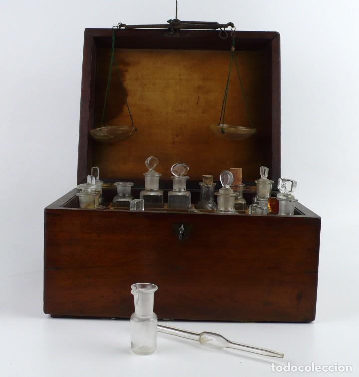Antigüedades: Portable Apothecary Cabinet -Mahogany- Boticario médico -Siglo XIX - Foto 6 - 228291047