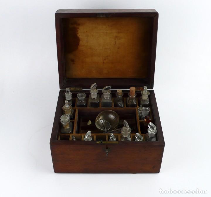 Antigüedades: Portable Apothecary Cabinet -Mahogany- Boticario médico -Siglo XIX - Foto 3 - 228291047