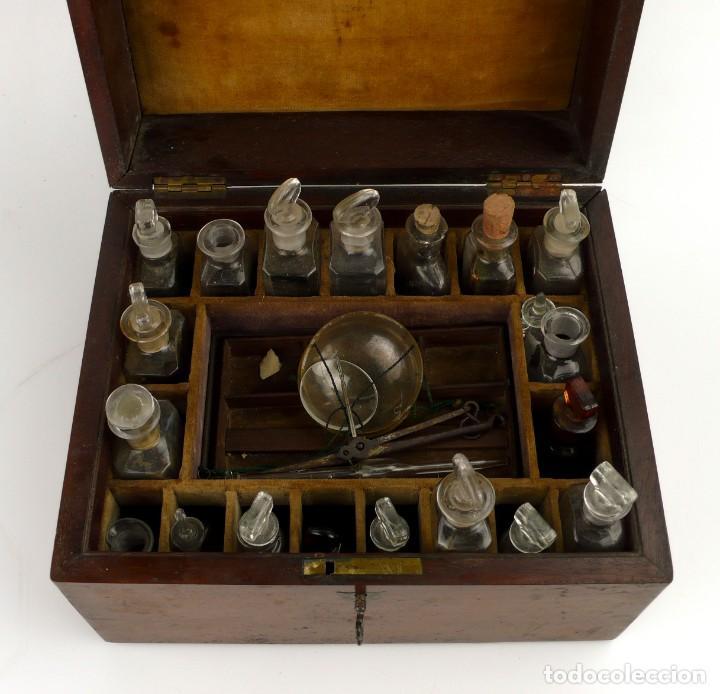 Antigüedades: Portable Apothecary Cabinet -Mahogany- Boticario médico -Siglo XIX - Foto 4 - 228291047