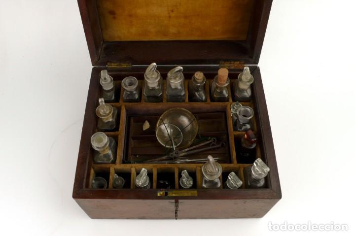 Antigüedades: Portable Apothecary Cabinet -Mahogany- Boticario médico -Siglo XIX - Foto 5 - 228291047