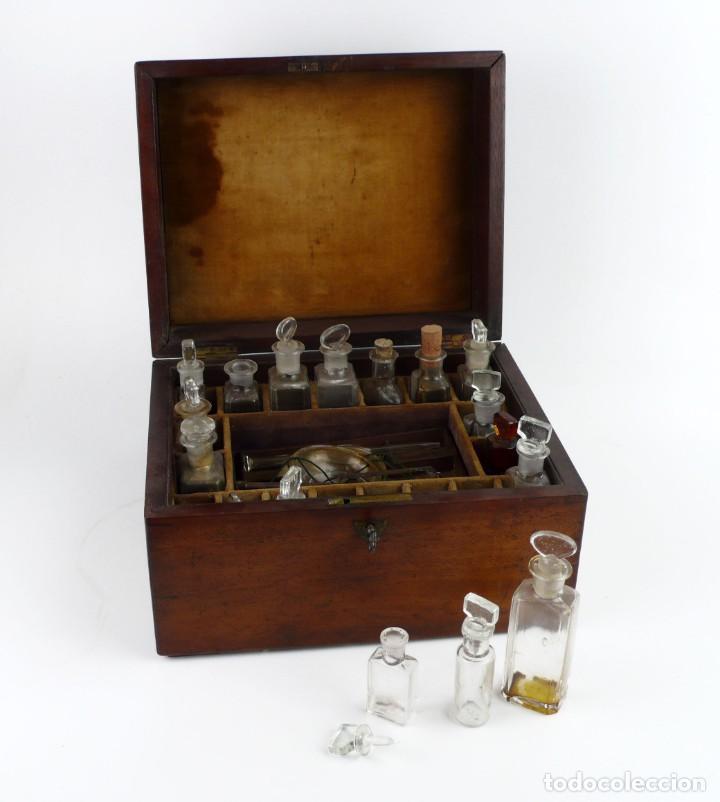 Antigüedades: Portable Apothecary Cabinet -Mahogany- Boticario médico -Siglo XIX - Foto 7 - 228291047