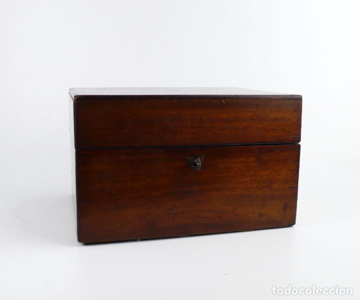 Antigüedades: Portable Apothecary Cabinet -Mahogany- Boticario médico -Siglo XIX - Foto 8 - 228291047