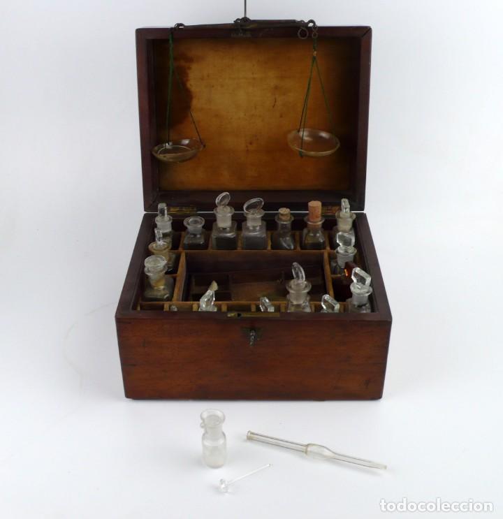 Antigüedades: Portable Apothecary Cabinet -Mahogany- Boticario médico -Siglo XIX - Foto 2 - 228291047