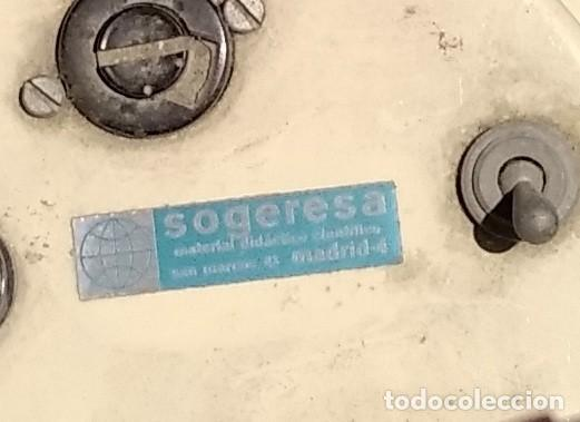 Antigüedades: MICROSCOPIO - APARATO OPTICO DE LA CASA SOGERESA - AÑOS 40 - ELECTRICO - FOTOGRAFIA - Foto 5 - 228360360