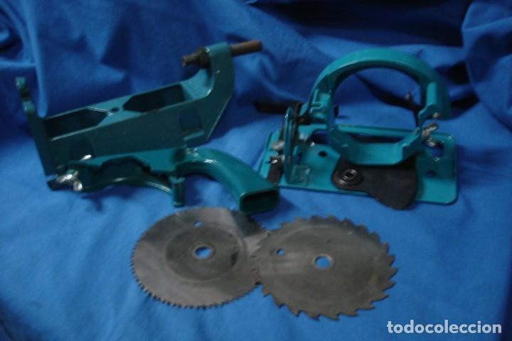 ANTIGUO LOTE DE ACCESORIOS BLACK & DECKER PARA TALADRO (Antigüedades - Técnicas - Herramientas Profesionales - Carpintería )
