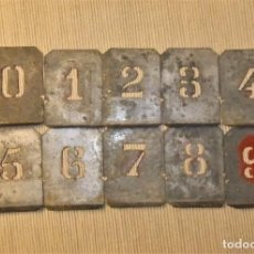 Antigüedades: PLANTILLAS PARA ESTAMPAR O PINTAR NÚMEROS. Lote 228729535