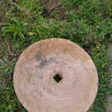 Antigüedades: PRECIOSA PIEDRA DE MOLINO AMARILLA. Lote 228733915