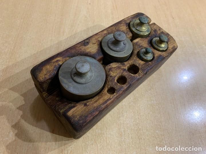 Antigüedades: JUEGO DE PESAS INCOMPLETO - Foto 2 - 228855540