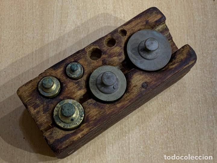 Antigüedades: JUEGO DE PESAS INCOMPLETO - Foto 7 - 228855540