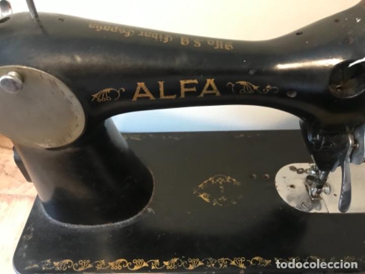 MÁQUINA DE COSER ALFA (Antigüedades - Técnicas - Máquinas de Coser Antiguas - Otras)