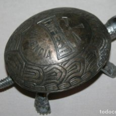 Antiquités: TIMBRE PISAPAPELES CON FORMA DE TORTUGA, COFESA VALENCIA. Lote 229096990