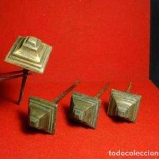 Antigüedades: 4 CLAVOS ANTIGUOS DE BRONCE, SIGLO XVIII. Lote 229174080