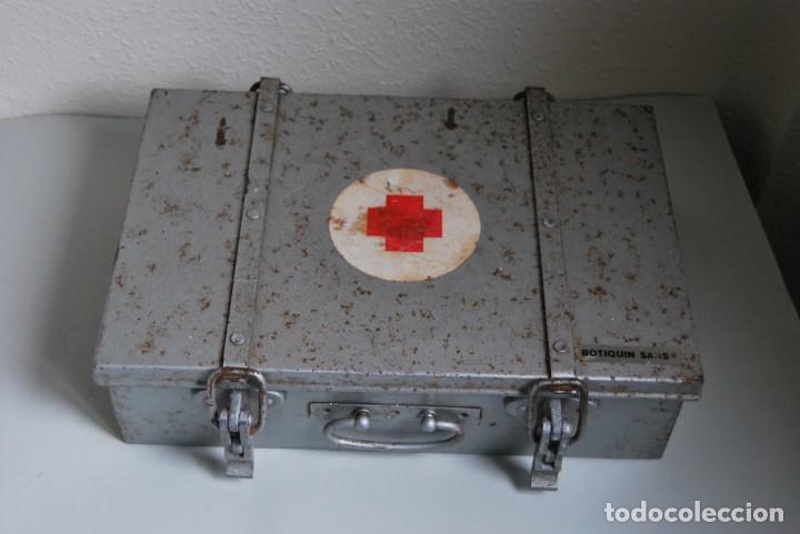 BOTIQUÍN ESCOLAR SANS - PRIMARIA - MALETA DE METAL - MALETÍN - COLEGIO - ESCUELA (Antigüedades - Técnicas - Herramientas Profesionales - Medicina)