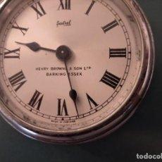 Antiquités: PEQUEÑO RELOJ MECÁNICO DE YATE SESTREL CA 1960 PARA REPARAR. Lote 229619830