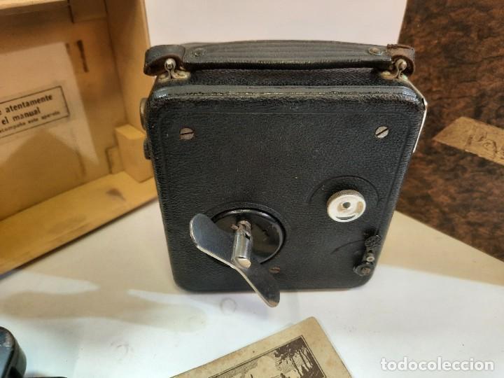 Antigüedades: Tomavistas Pathé, películas, caja e instrucciones. Impecable. - Foto 3 - 230199710
