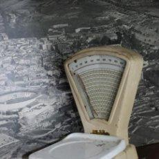 Antigüedades: BÁSCULA DE COMERCIO. MOBBA. NECESITA RESTAURACIÓN. AÑOS 50-60.. Lote 230692855