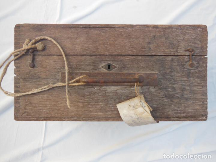 Antigüedades: TEODOLITO ANTIGUO (Sin marca) en su caja original. - Foto 2 - 230719645