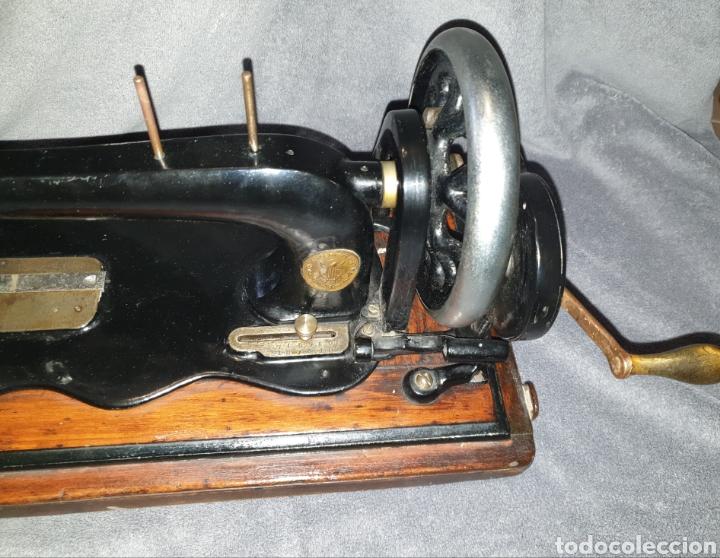 Antigüedades: Maquina Singer 1886 Base violin - Foto 3 - 230832635