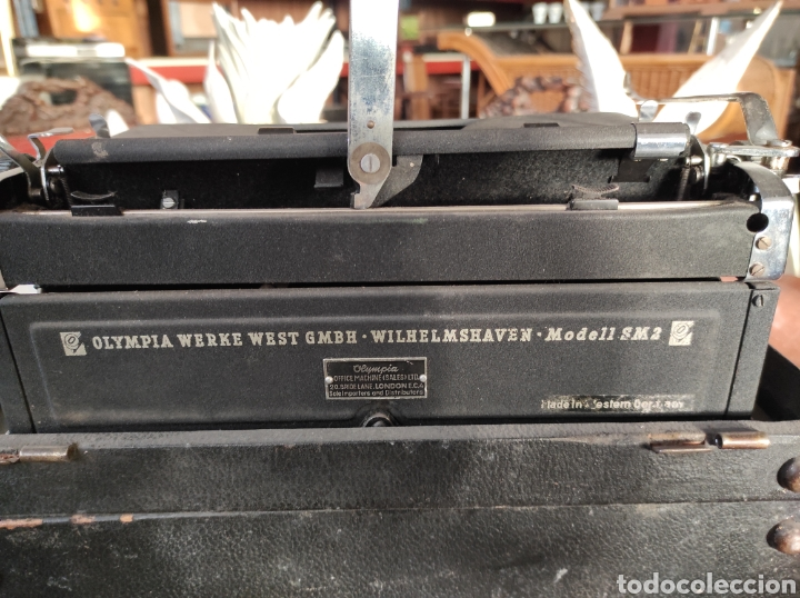 Antigüedades: MAQUINA DE ESCRIBIR OLYMPIA SM2 AÑO 1955 TYPEWRITER SCRHEIBMASCNINE - Foto 7 - 231016495
