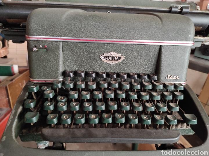 Antigüedades: antigua maquina de escribir de los años 50. Halda Star. - Foto 2 - 231017185