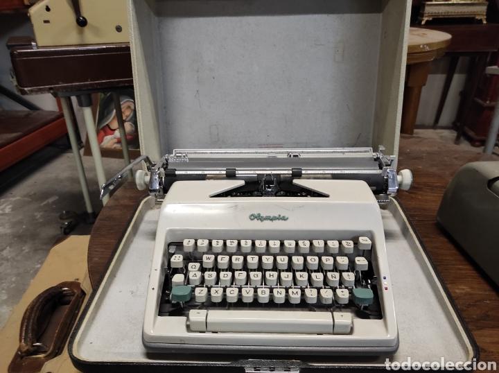 OLYMPIA WERKE AG WILHELMSHAVEN, EN SU CAJA (Antigüedades - Técnicas - Máquinas de Escribir Antiguas - Olympia)