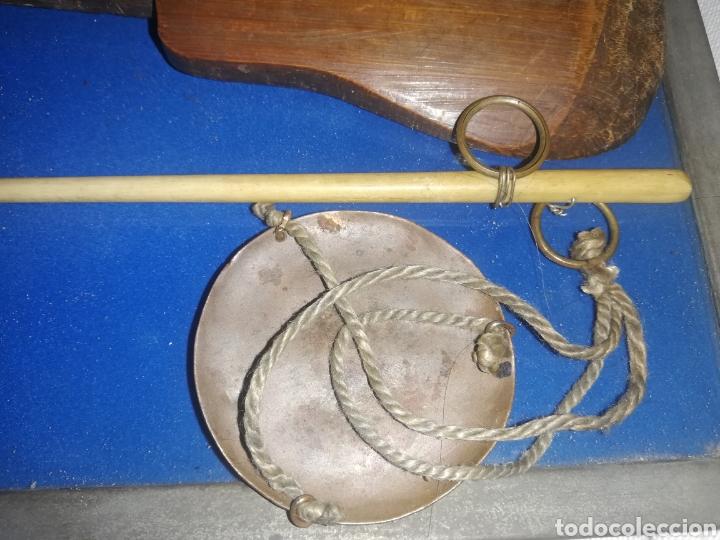 Antigüedades: Antigua pesa de oro.. Siglo XIX... - Foto 4 - 231070595