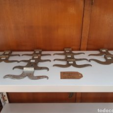 Antigüedades: BISAGRAS DE BIGOTE EN FORJA. Lote 231086770