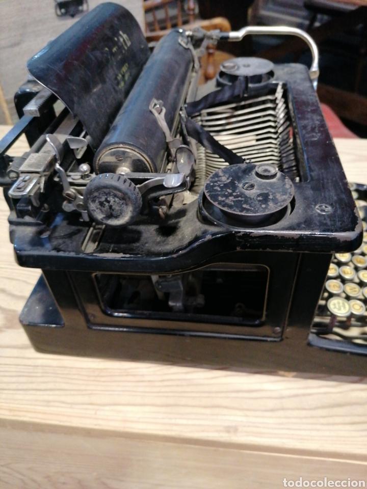 Antigüedades: Máquina de escribir L C. S m i t h - Foto 2 - 231492835