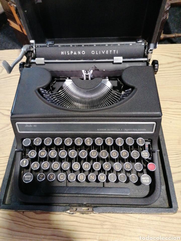 MÁQUINA DE ESCRIBIR FUNCIONANDO EN BUEN ESTADO CON SEÑALES (Antigüedades - Técnicas - Máquinas de Escribir Antiguas - Olivetti)