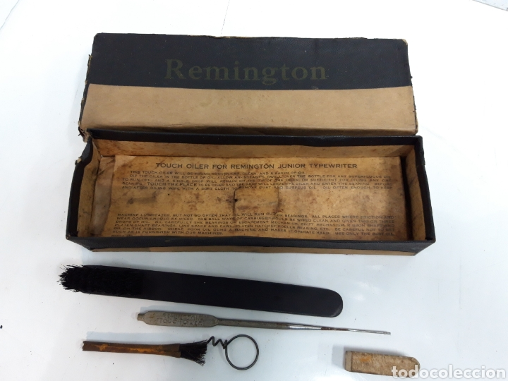 Antigüedades: Caja accesorios maquina REMINGTON - Foto 3 - 231528855