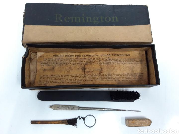 CAJA ACCESORIOS MAQUINA REMINGTON (Antigüedades - Técnicas - Máquinas de Escribir Antiguas - Remington)