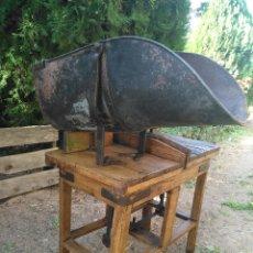 Antigüedades: BASCULA DE CARBÓN. Lote 231632880